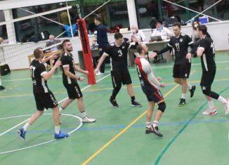 Universitatea Cluj a început sezonul cu o victorie