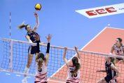 Alexia Căruțașu în atac în semifinala Cupei Challenge