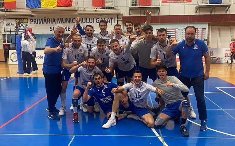 Bucuria jucătorilor formației SCMU Craiova după câștigarea medaliilor de bronz
