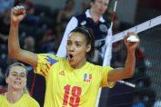 Nneka Onyejekwe ca juca împreună cu naționala României la turneul final al Campionatului European