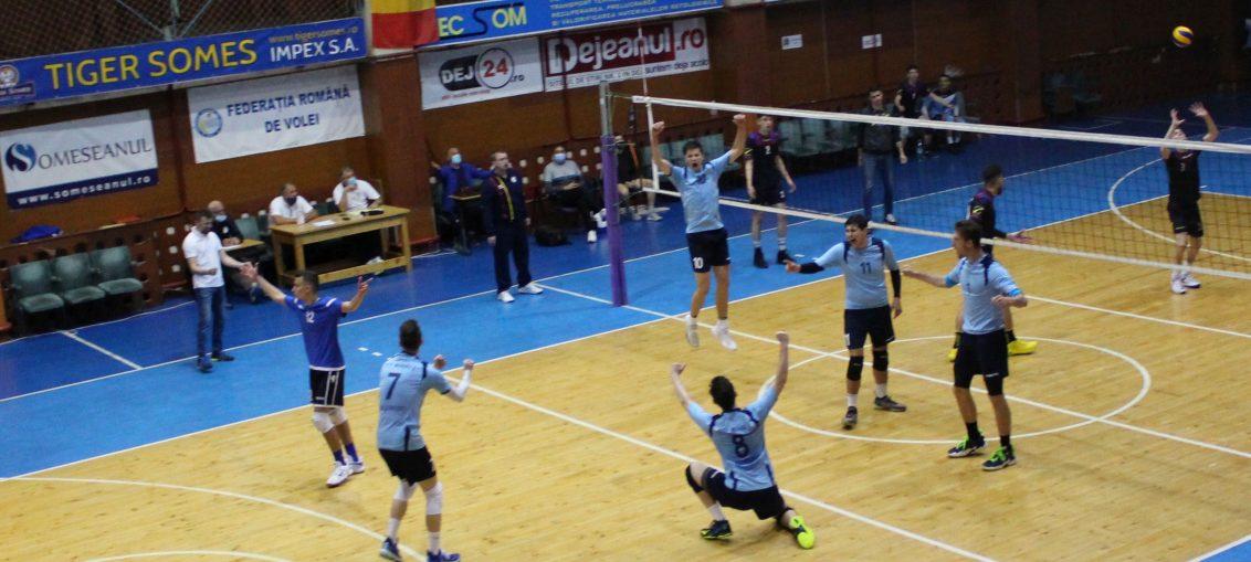 Bucuria jucătorilor de la CTF Mihai I după victoria cu LAPI DEJ de la turneul final al campionatului de juniori