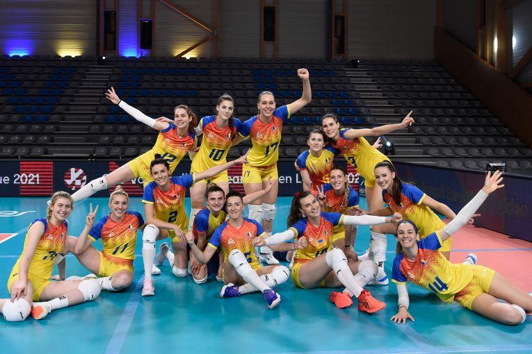 Bucuria fetelor noastre după victoria cu Azerbaidjan