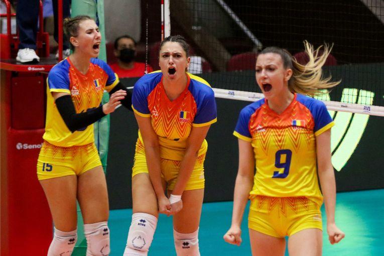 Bucuria fetelor noastre după un punct câștigat contra Slovaciei la Campionatul Mondial U18