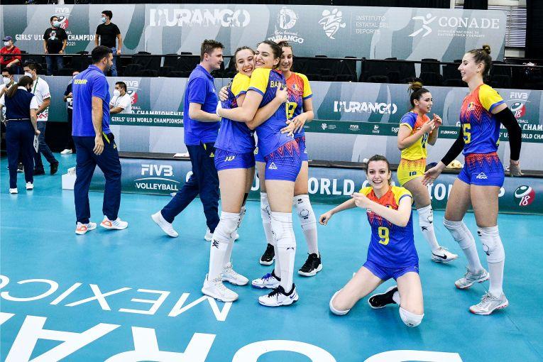 Bucuria româncelor după victoria obținută în fața Turciei la Campionatul Mondial Under 18 (FOTO: FIVB)