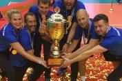 Gianni Cretu a cucerit titlul în Golden European League cu naționala de volei masculin a Estoniei. Iata-l bucurându-se alături de întreaga echipă tehnică cu trofeul