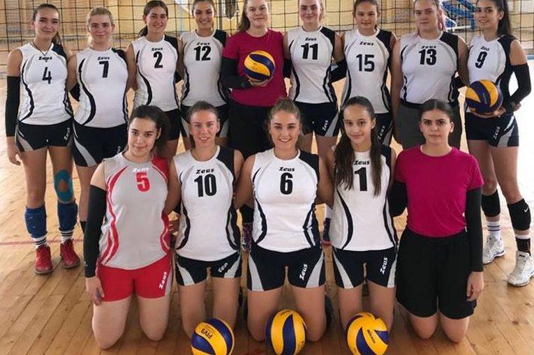 Echipa de volei junioare LPS Bihorul Oradea in campionatul 2018/ 2019