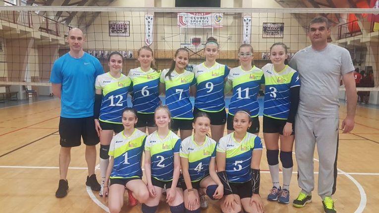 Echipa feminina de volei sperante a CSS Targoviste este finalista a campionatului national