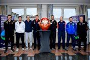 Antrenorii nationalelor prezente la turneul european de calificare la Jocurile Olimpice, alaturi de masca ce insoteste echipele la Tokyo 2020