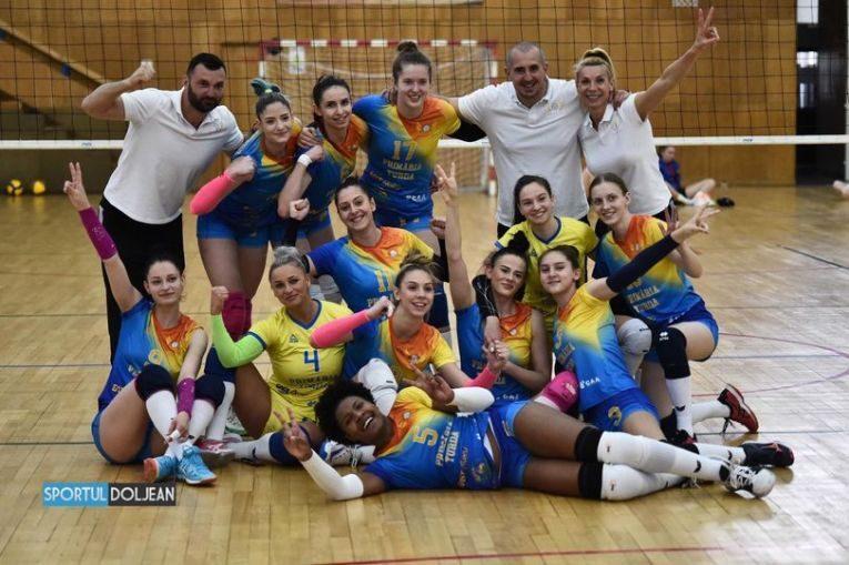 Bucuria celor de la ACS Volei Cristina Pîrv Turda după promovarea în Divizia A1