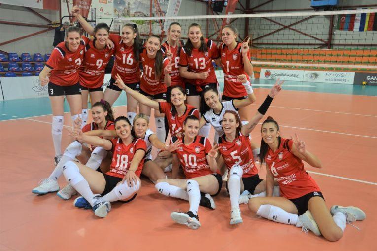 Volei Alba Blaj și bucuria primei victorii din campionatul 2021/ 2022